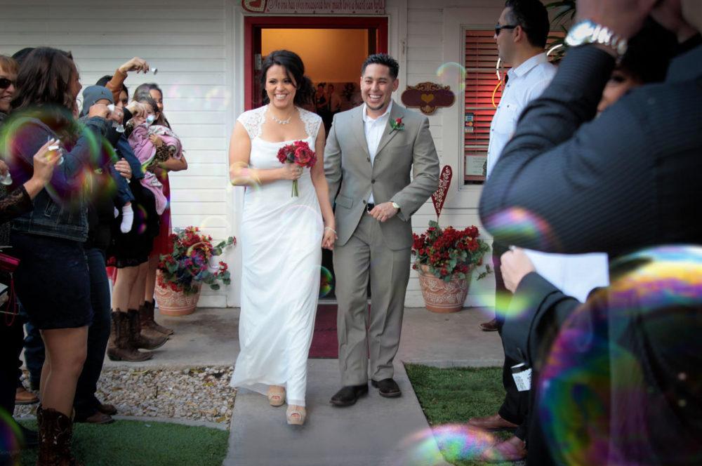 andre-bride-bubbles